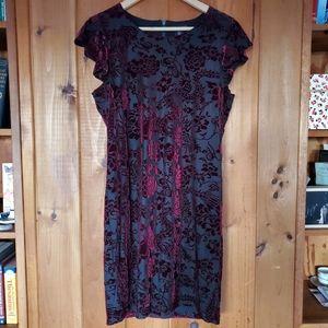 Adrienne Vittadini black dress red velvet floral